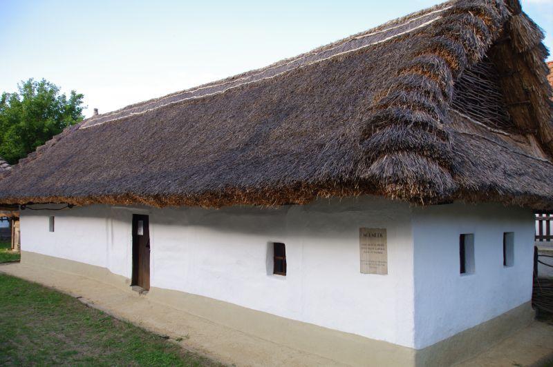 Palócház Parád